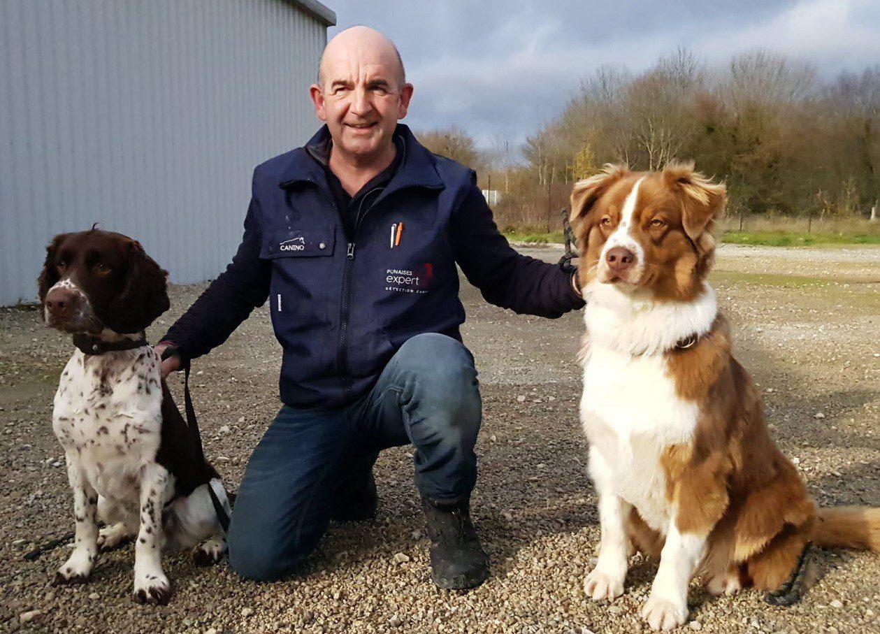 Emilio Sanchez et ses chiens de détection canine de punaises de lits